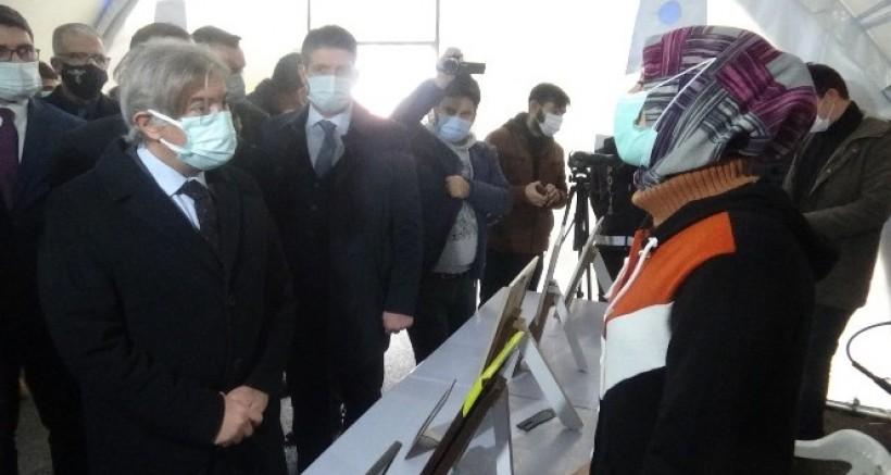 Bakan Yardımcısı Demircan, evlat nöbetindeki aileleri ziyaret etti