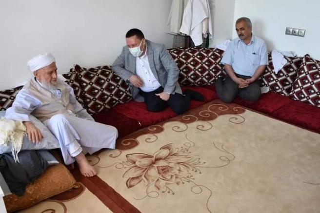 Başkan Beyoğlu'ndan Din Alimi Molla Ali Özer'e Ziyaret