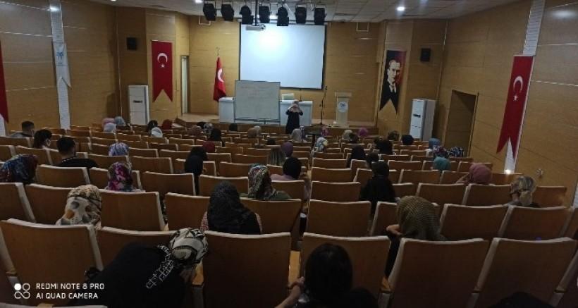 Bismil belediyesinden kadınlara yönelik farkındalık semineri