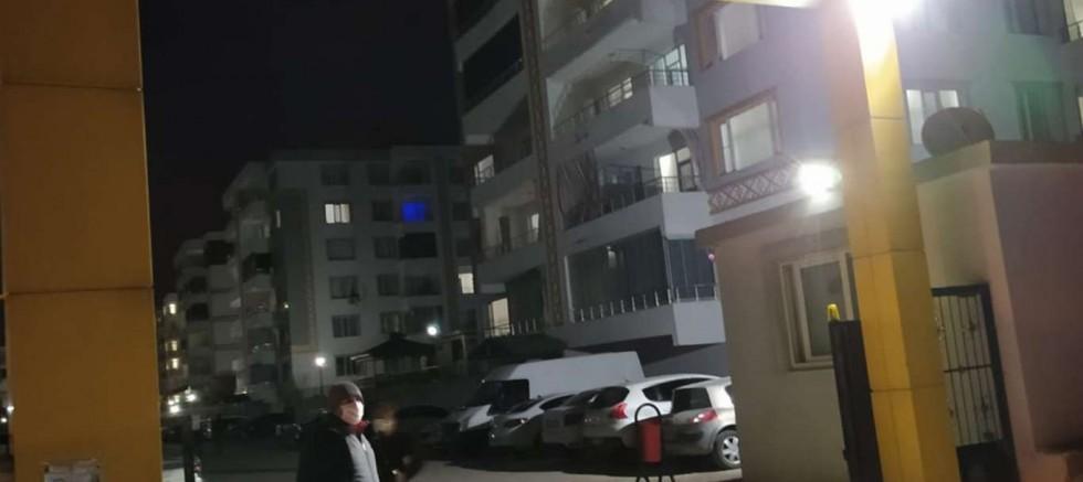Çınar'da bir site Covid-19 kapsamında karantinaya alındı