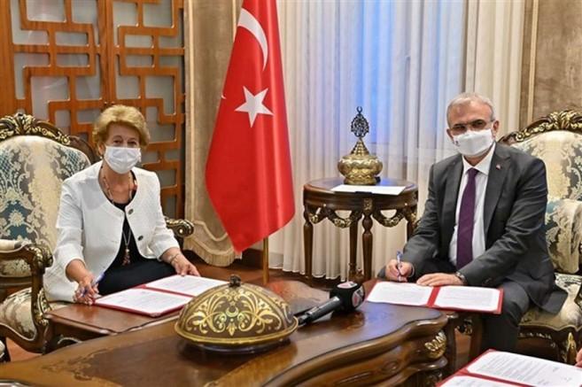 Diyarbakır'da 24 derslikli okulun yapımı için protokol imzalandı