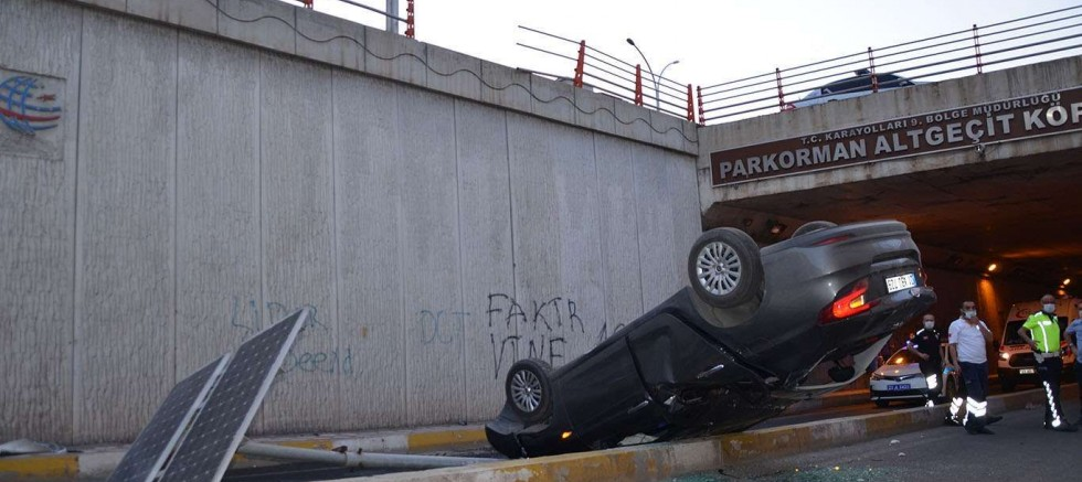 Diyarbakır'da kaza:  3 yaralı
