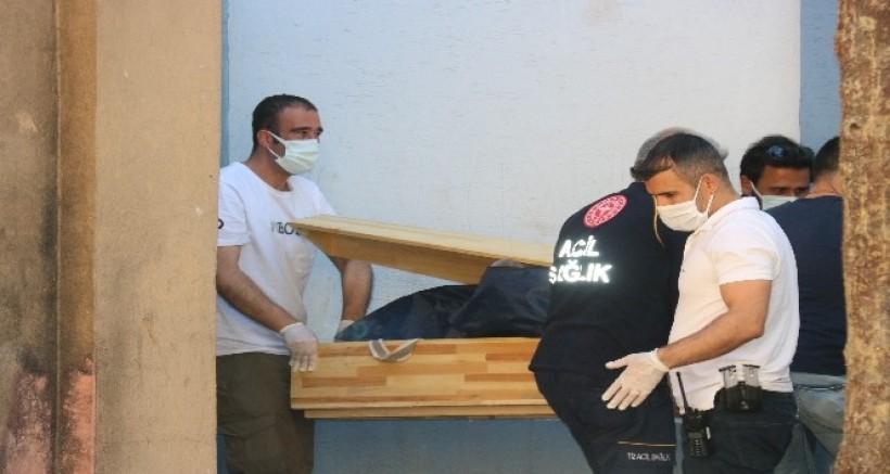 Diyarbakır'da trafo içerisinde bir erkek cesedi bulundu