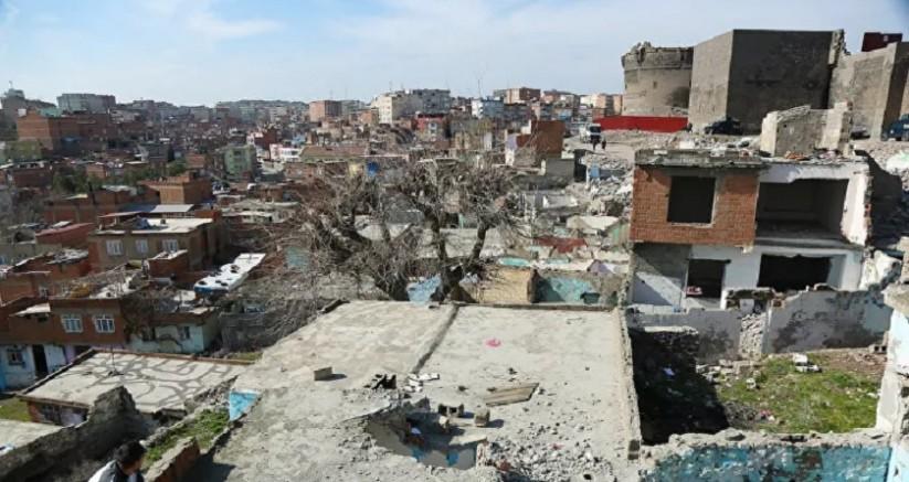 Diyarbakır'ın 'göç' mahallesi Benusen yıkılıyor!