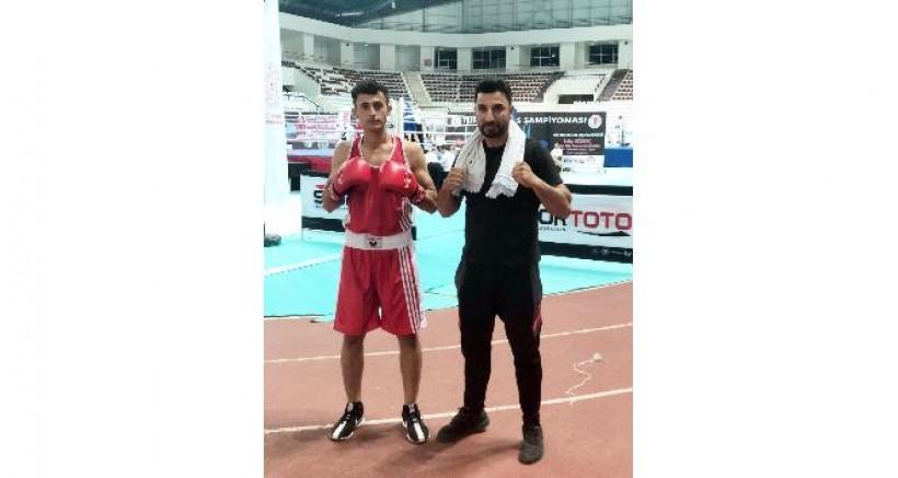 Diyarbakırlı sporcu boksta Türkiye üçüncülüğü elde etti