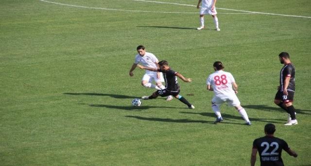 Elazığspor, Turgutluspor'a mağlup oldu