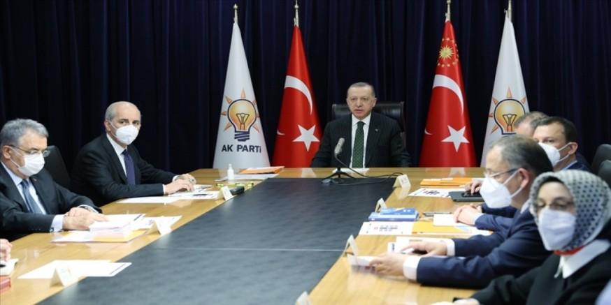 Erdoğan: Türkiye'yi demokratik bir anayasaya kavuşturacağız