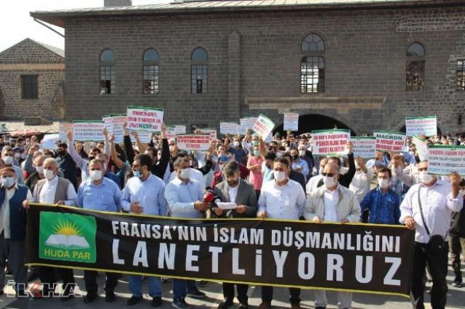"""""""İslam'a karşı açtığınız savaşı kazanamayacaksınız"""" Diyarbakır'dan Fransa'ya tepki!"""