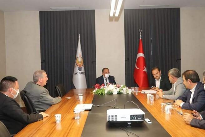 Özhaseki'den Bağlar Belediyesi projelerine tam destek