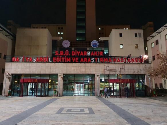 Sağlık Bilimleri Üniversitesi Diyarbakır Gazi Yaşargil Eğitim ve Araştırma Hastanesinde hizmet seferberliği Dr. Asena'nın farkı!