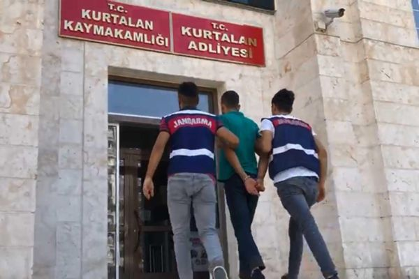 SOSYAL MEDYADA PKK  PROPAGANDASINA GÖZALTI
