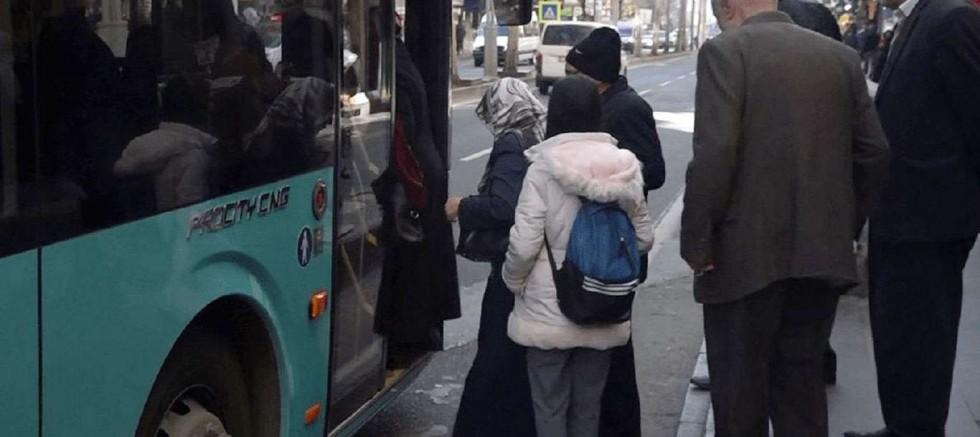 Toplu ulaşım araçlarına alınmayan yaşlılar mağduriyet yaşıyor