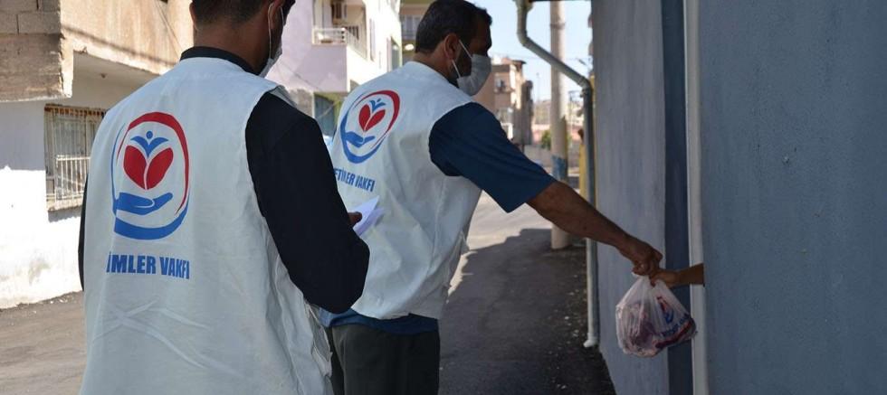 Yetimler Vakfı Diyarbakır'da binlerce aileye kurban eti dağıttı